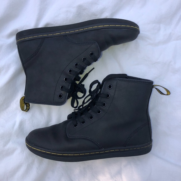 824565136be Dr. Martens Leather 7-eye Shoreditch Sneaker Boot